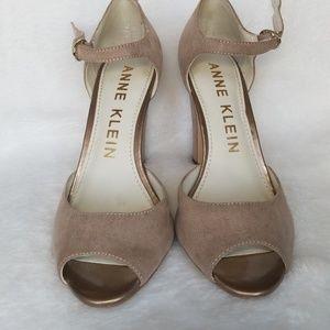 Anne Klein suede/velvet heels